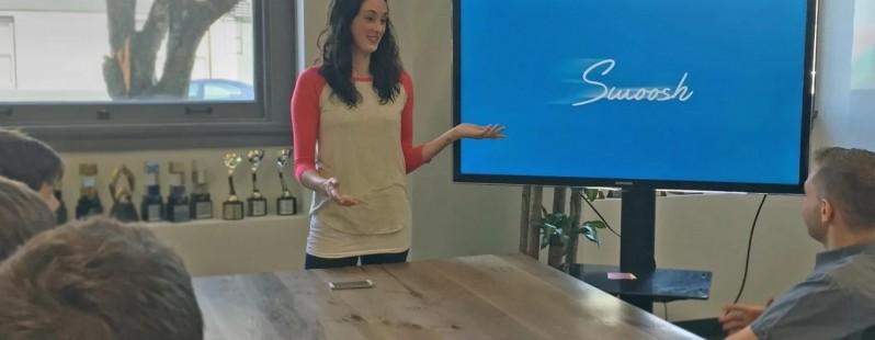 Swoosh per Android trasforma la vostra mano in un telecomando per presentazioni