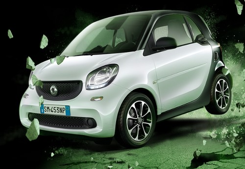 Smart Fortwo Black Passion, tecnologia e… passione